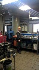 Олексій - інженер по ремонту АКПП, освіта базова вища, закінчив МАМТ (Московський Авіаційний Моторобудівний Технікум), працює в компанії більше 20 років.